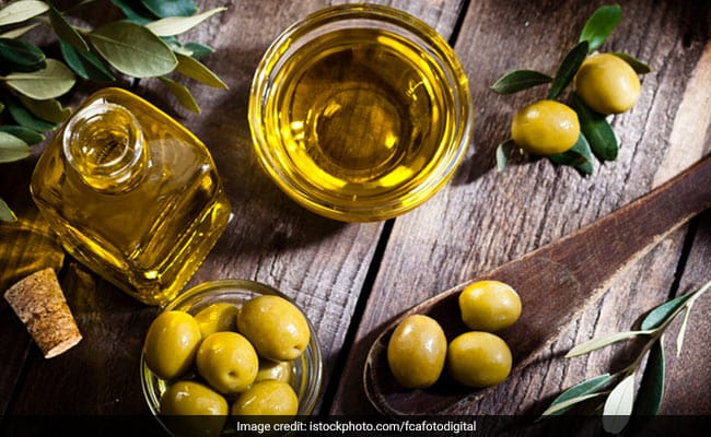 Olive Oil In Mediterranean Diet Is Linked To Longer Lifespan: Study