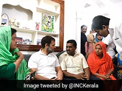 Rahul Gandhi Meets Parents Of Kerala Girl, 10, Who Died Of Snakebite