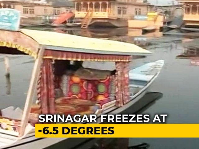 Video : Dal Lake Freezes After Temperature Drops In Kashmir Valley
