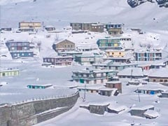 """North India Faces Intense Cold Wave, """"Harshest Winter"""" Begins In Kashmir"""
