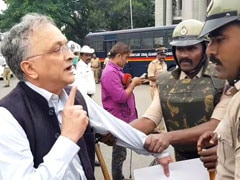 Watch: Historian Ramachandra Guha, Mid-Interview, Detained By Police