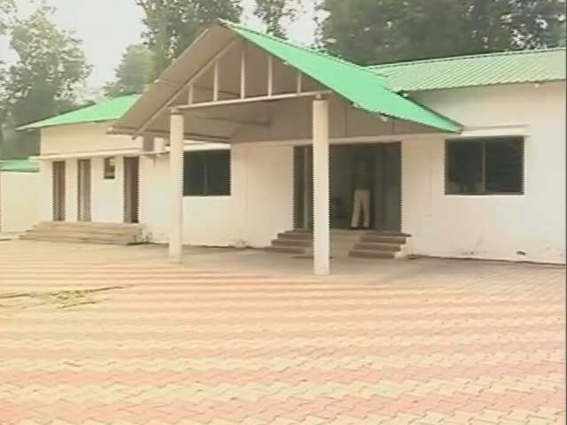 Video : No Partymen Outside Ex-Chief Minister Hemant Soren's Home As Votes Are Counted In Jharkhand