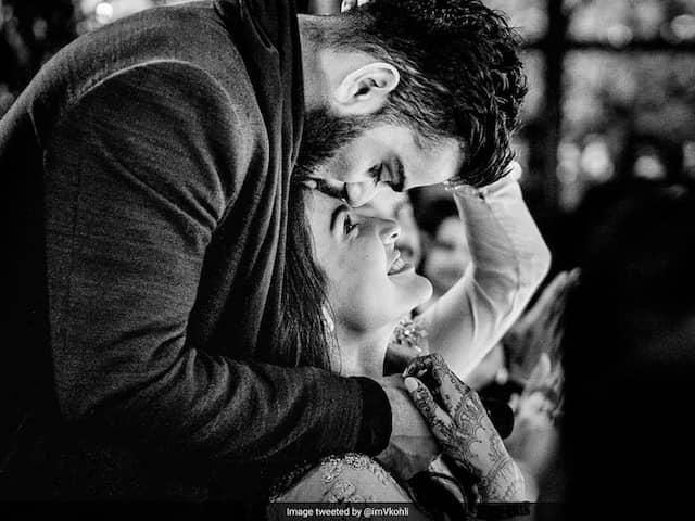 "Virat Kohli Expresses ""Gratitude"", Anushka Sharma Defines Love On Wedding Anniversary"