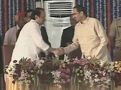 महाराष्ट्र: मंत्रियों में विभागों के बंटवारे को लेकर सत्ताधारी गठबंधन में चला बैठकों का दौर