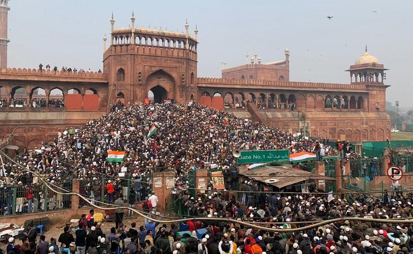 TOP 5 NEWS: CAA के विरोध में दिल्ली के जामा मस्जिद में प्रदर्शन, पढ़ें अब तक की 5 बड़ी खबरें