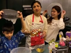 Shilpa Shetty's son and sister Shamita have fun with him in the kitchen, watch video | shilpa shetty video, photo, age
