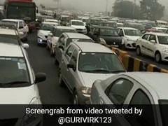 CAA Protest: दिल्ली-गुड़गांव बॉर्डर पर भारी ट्रैफिक जाम, सोशल मीडिया पर शेयर किए जा रहे हैं वीडियो और तस्वीरें