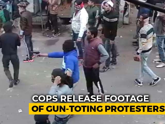 Video : UP Police Release Videos, Photographs Of Protesters Shooting At Cops