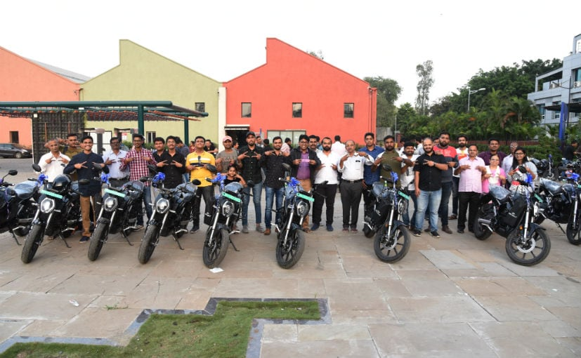 Revolt RV400 Electric Motorcycle Deliveries Begin In Pune