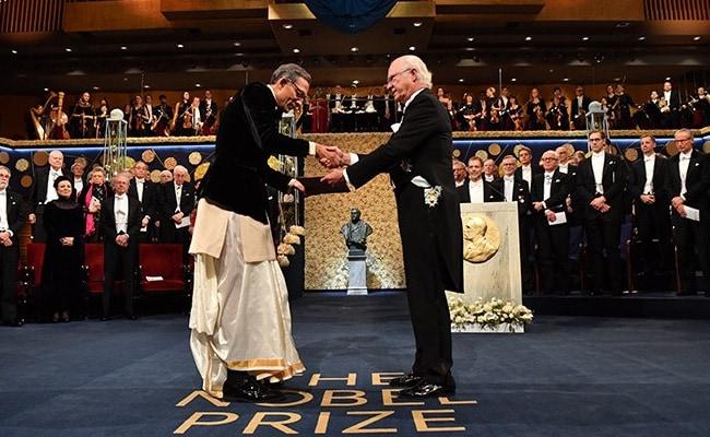 3 Bengalis Have Won Nobel So Far. Only Abhijit Banerjee Wore A Dhoti