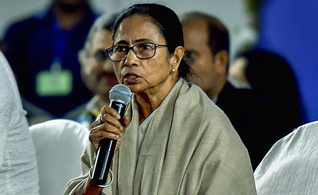 BJP Empire Shrinking Across India: Mamata Banerjee Congratulates AAP After Delhi Sweep
