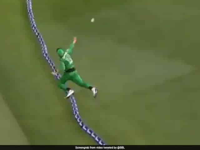 Watch: Ben Dunk, Nathan Coulter-Nile Team Up To Complete Sensational Relay Catch In BBL