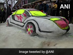 "Srinagar Man Makes ""Snow Car""; Visitors Rush To Catch A Glimpse"