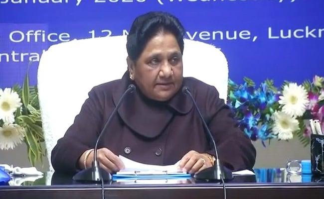 उत्तर प्रदेश की बजाय पंजाब और चंडीगढ़ बसें भेजे कांग्रेस : मायावती