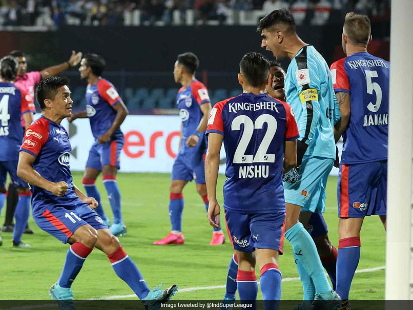 ISL: Gurpreet Singh Sandhus Penalty Heroics Help Bengaluru FC Secure Win Over Hyderabad