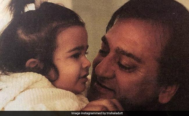 Pic Of Pint-Sized Trishala With Sunil Dutt Is The Dadaji Of All Throwbacks