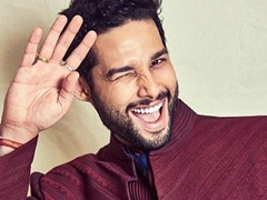Siddhant Chaturvedi's Response To  Ananya Panday's Nepotism Comments Wins Over Twitter