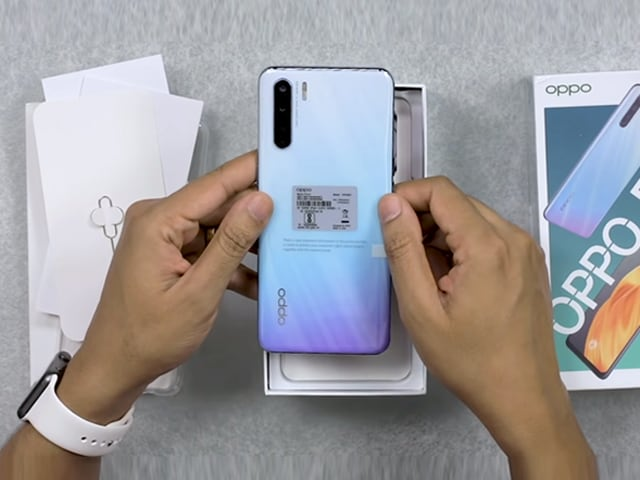 Video: Oppo F15 Unboxing And First Look- Price In India, Key Features, And More