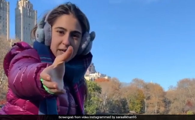'Namaste Darshako': Sara Ali Khan Is Back As Central Park Tour Guide. Try Not To Laugh