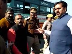 जेपी नड्डा के स्वागत के वक्त BJP कार्यकर्ता ने महिला सिपाही से की अश्लील हरकत, सरेआम दबंगई दिखाते आए नजर