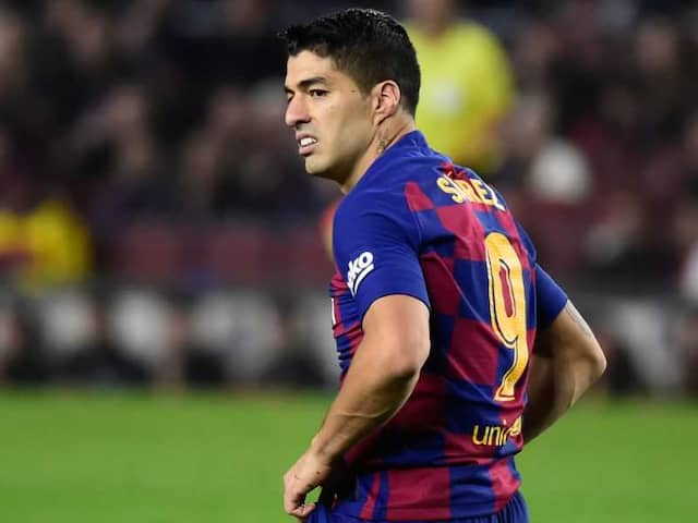 Barcelona Lose Luis Suarez For Four Months After Knee Surgery