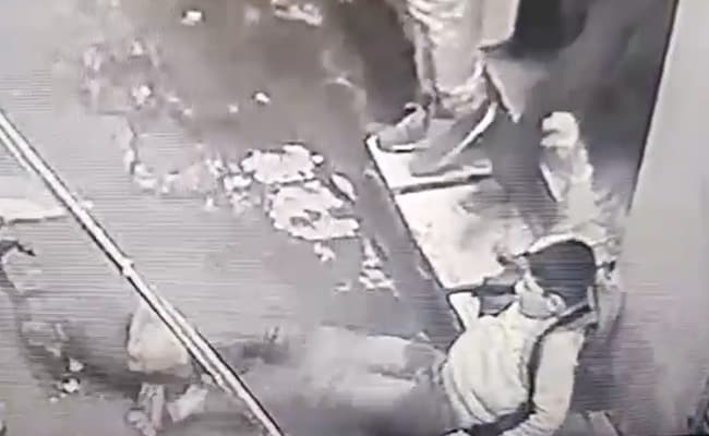 On Camera, Teen Attacked By Pitbull, Locals Struggle To Rescue Him