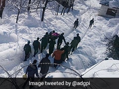 On Camera, Army Rescues Civilians Trapped In Snow In Kashmir