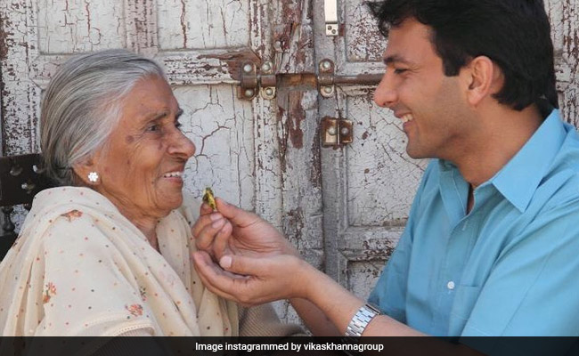 Chef Vikas Khanna's Old Letter To His Biji Reveals His Early Struggles