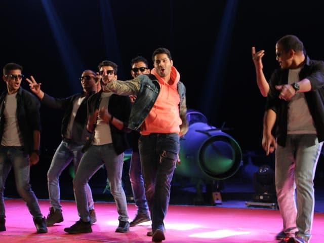 Jai Jawan: Varun Dhawan Shakes A Leg With Soldiers