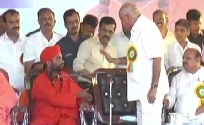 'Not Here To Listen To All This': BS Yediyurappa's Fury At Seer On Stage