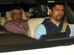 Javed Akhtar, Farhan, Tabu And Others Visit Shabana Azmi At The Hospital