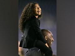 NBA Legend Kobe Bryant, Teenage Daughter Killed In Helicopter Crash