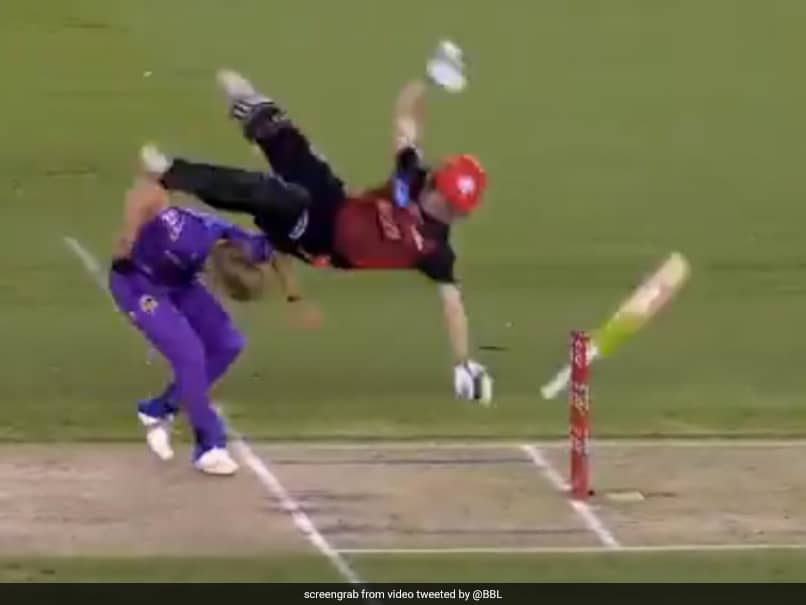 """Watch: Batsman Goes Tumbling Over Bowler After """"Nasty Collision"""" With Bowler In BBL Game"""
