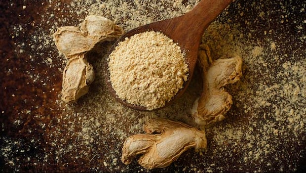 Health Benefits Of Dry Ginger Powder: How Saunth May Help Prevent Cough And Cold