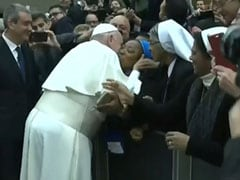 What Pope Francis Said After Nun Asked Him For A Kiss