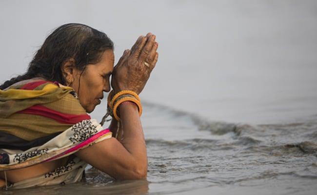 Lakhs Take Holy Dip In Bengal's Sagar Island On Makar Sankranti