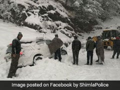 Tourists Advised Not To Travel To Shimla, Manali As Snow Blocks Roads