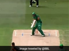 Watch: Glenn Maxwell's Scoop Shot Ends In Bizarre Dismissal During BBL Match