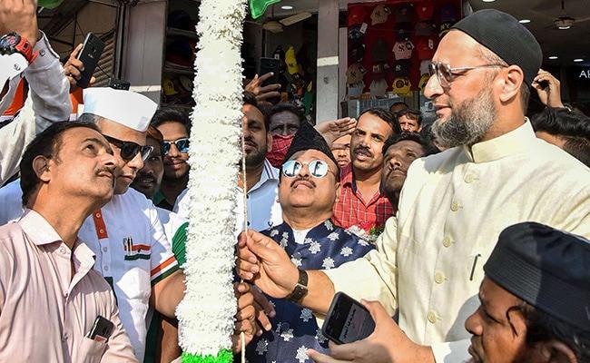 'Pick A Place': Asaduddin Owaisi Takes Up Anurag Thakur's Election Slogan
