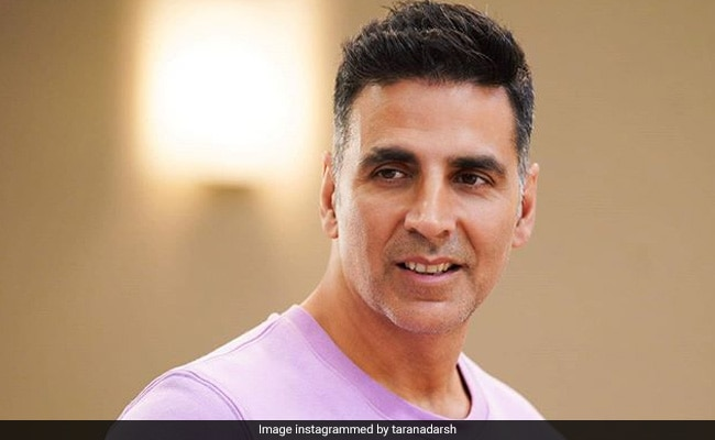 Good Newwz Box Office Collection Day 6: Akshay Kumar, Kareena Kapoor's Film Really 'Hits The Ball Out Of The Park' With Rs 117 Crore