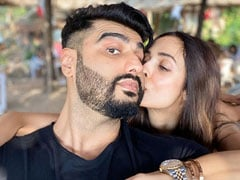 Trending: Malaika Arora And Arjun Kapoor's Loved-Up Pic