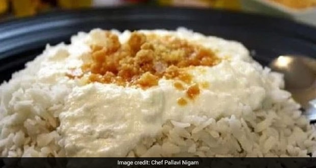 Try This 3-Ingredient Dahi Chura Gur Recipe To Satisfy Your Sweet Tooth (Recipe Inside)