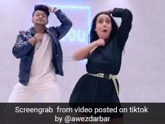 नेहा कक्कड़ के नए अंदाज ने TikTok पर मचाई धूम, बार-बार देखा जा रहा Video