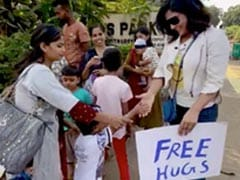 What Happened When Richa Chadha Gave Out Free Hugs To Strangers On The Streets Of Mumbai