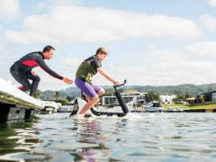 CES 2020: Manta5 Showcases Hydrofoiler XE-1 Water Bicycle