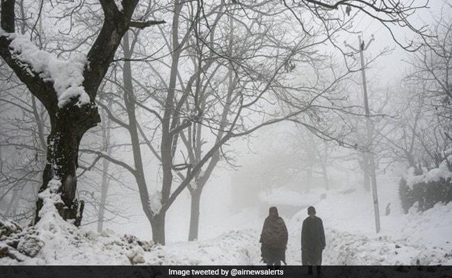 Himachal Pradesh's Mandi, Manali Shiver At Sub-Zero Temperatures