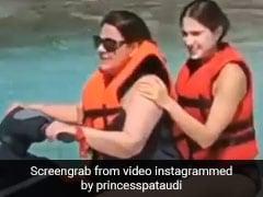 अमृता सिंह ने सारा अली खान को बैठाकर इस अंदाज में चलाई जेट स्की, Video हुआ वायरल