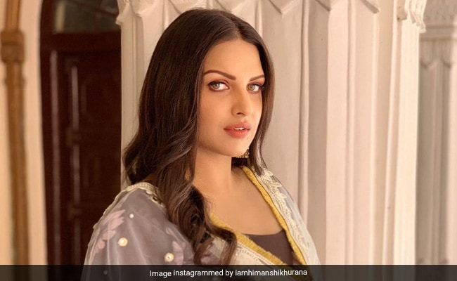 Bigg Boss 13: Himanshi Khurana Responds To Shehnaz Gill's Father's 'Suicide' Comment