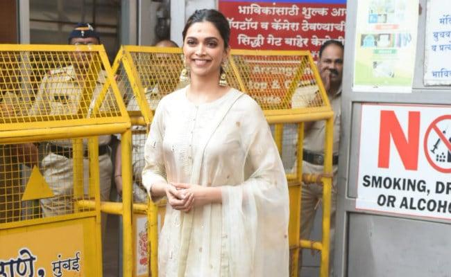 Chhapaak Opens To Positive Reviews, Deepika Padukone Visits Siddhivinayak Temple. See Pics