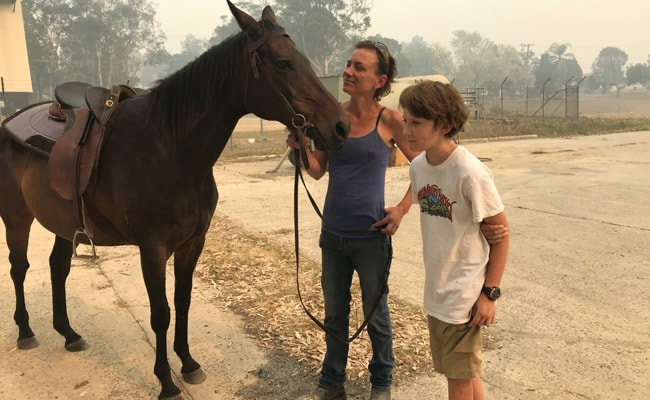 A Horse Helped Her To Safety During Australia Bushfire, She's Her 'Hero'